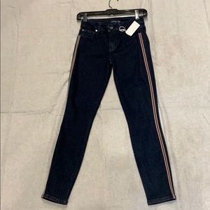 Level 99 Jean with stripe 97% cotton 3% spandex